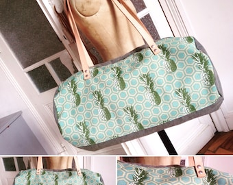 Bowling or grey cotton duffel bag printed green water printed grey cotton double pineapple origami doyble leather handle