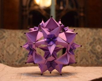 Origami Cassiopeia Kusudama