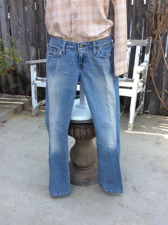 0ebe3294ef2a Abercrombie   Fitch Slightly Distressed Eighties Ladies Size