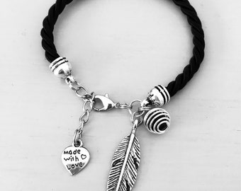 Black diffuser Bracelet, Diffuser Bracelet, Diffuser Jewelry, Perfume diffuser jewelry, Pearl Perfume Bracelet, essential oils diffuser
