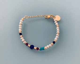Pearl and Lapis Lazuli bracelet, woman's curb bracelet, natural magic stones and Heishi pearls 24k gold plated, gift jewelry
