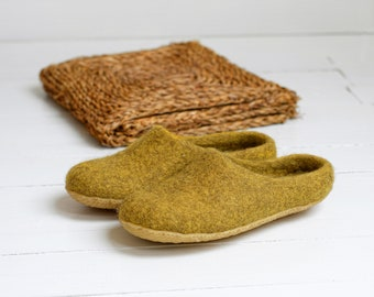 Women wool slippers in mustard color with rubber sole
