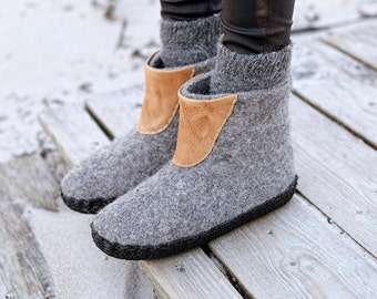 Felted warm boiled wool ankle boots for indoor and outdoor use with durable rubber outsole and leather decorations