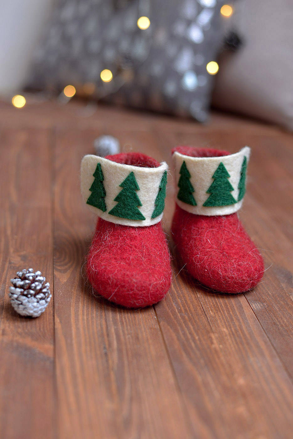 Christmas kids boots slippers- felted baby booties- baby wool boots ...