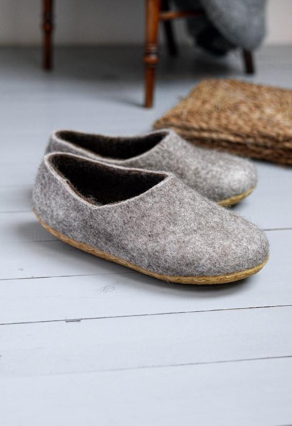 36bd640f9a5f laine feutrée chaussons-pantoufles-man laine sabots   Etsy