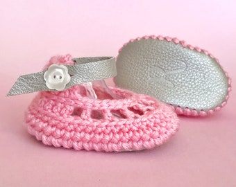 Summer Baby Shoes, Pink Flower Sandals, Platinum Leather Newborn Booties, Crochet Blush Mary Janes, Spring Coming Home Outfit for Girl