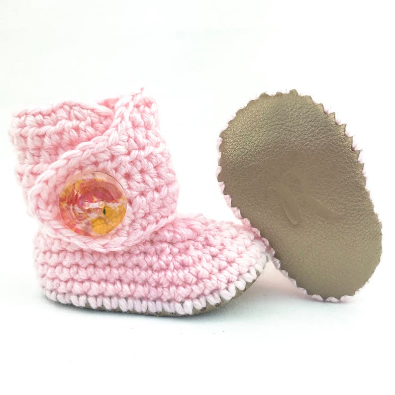c17c9beb373 Pink Baby Shoes, Crochet Baby Booties, Pink Infant Outfit, Gold Soft Soles,  Girly Baby Gift, Baby Shower Gift, Its A Gift, Soft Knit Booty