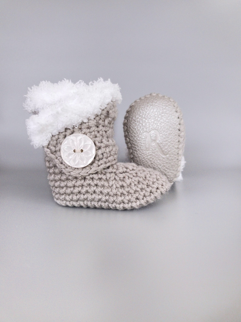 White Fur and Silver Leather Crochet Baby Booties 0-3 M image 0
