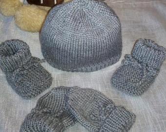 0ã 3 months bonnet booties mittens set
