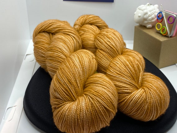 Hand Dyed Yarn, Pantone Inspired Formulary color: BUTTERUM, fingering/sock, ready to ship, yarn can be dyed to order on other bases.