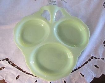 Hors d'Oeuvres Tray in 1940's Vintage Green