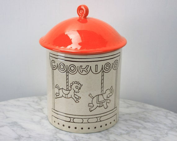 Vintage Carousel Style Cookie Jar - 1960's - Ceramic - Vintage Containers - Vintage Kitchen - Unicorn - Elephant