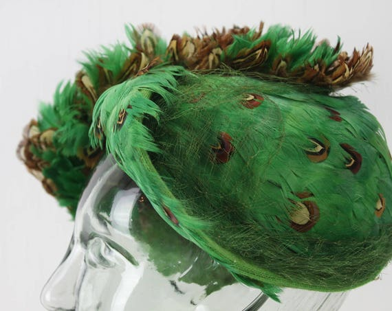 Vintage Women's Hat - Toque - Fascinator - Toy Hat  - Green Feathers - Anna Privers - 1940's - 1950's - Spring & Summer Fashion - Art Deco