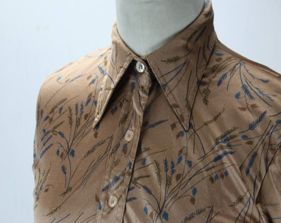 Vintage Women's Button Front Blouse - Candor - Biege - Blue Wheat Pattern - 1970's - Polyester - Small 0-2 - Western - Prairie