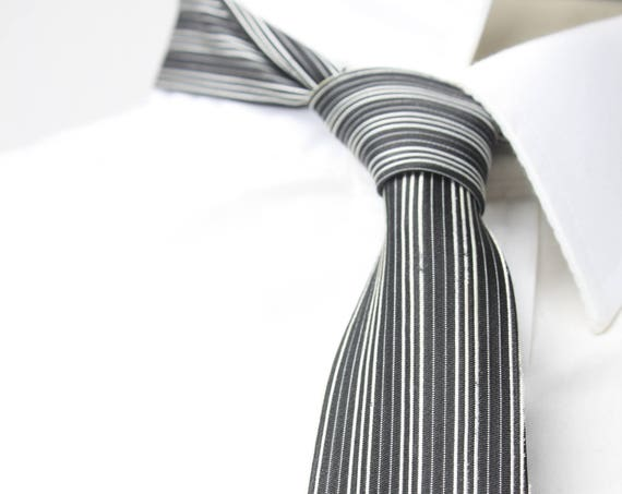 Vintage Men's Skinny Tie - Black / Embroidered White Pinstripe - 1950's - 1960's - Mid Century