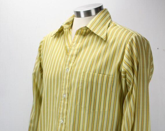 Vintage Men's Shirt - Vanopress - 417 - by Van Heusen - 1960's - Mustard Yellow - Awning Stripes - L - 15 N - Spring & Summer Fashion