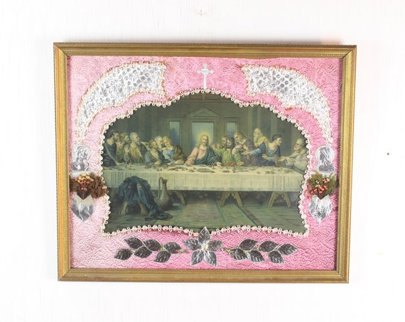 Vintage Catholic Lithograph - The Last Supper - Folk Art - Silk / Foil / Dried Flowers - Gilt Frame - Early 20th Century - 1900 - 1930's