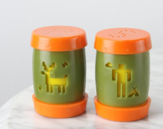 Vintage - St Labre Indian School - Salt & Pepper Shaker Set - 1960's - Plastic - Tomtom - Orange / Green / Yellow -  Fundraising Product