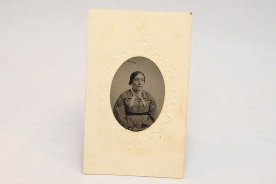 Mid 19th Century Tintype in Original Embossed Paper holder, Portriat of a Woman, Victorian, American, 1860-1870