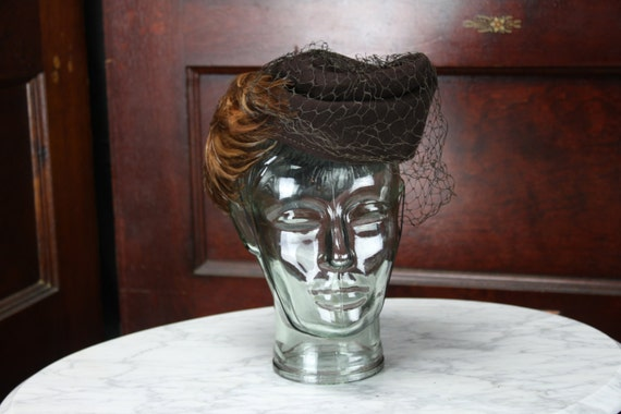 Vintage - Women's Garrison Hat - Veil & Feather Accents - Mohn Brothers Co - Berkshire - Brown Felt - 1940's - Art Deco