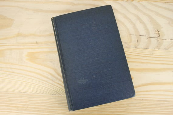 Vintage - The Science of Correct Thinking - Logic - Celestine M. Brittle - 1947 - Thirteenth Printing - The Bruce Pub Co.