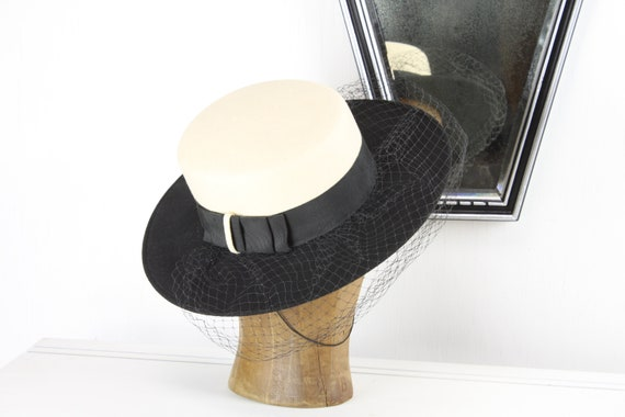 Vintage Women's Hat - Fedora - Youth Size 6 5/8 - Black / White Fur Felt - Cotton Band - Art Deco- 1940's - Automobilist