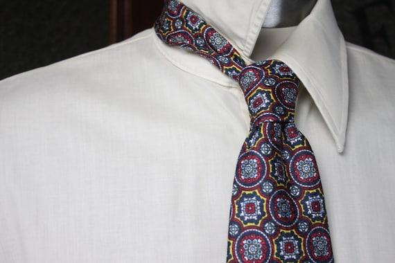 Vintage Men's Necktie - Bob's Sport - Red/Blue/Gold - Geometric Pattern - 1960's - Vintage Men's Accessories - Vintage Men's Fashion