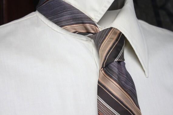 Vintage Men's Necktie - Johnny Carson - 1970's - Brown - Diagonal Stripe - Vintage Men's Accessories - Vintage Men's Fashion