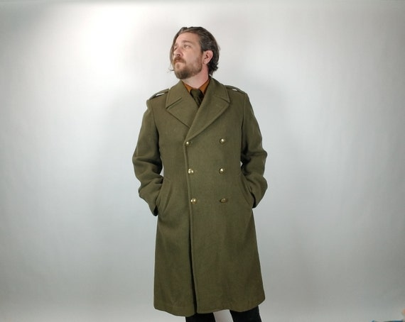 Vintage Men's Overcoat - Trench Coat - Green Wool - Military Style - 3/4 Length - 42 R / 92C - Fall & Winter Men's fashion - Villefranche