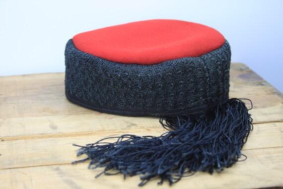 Vintage Women's Hat - Black Silk Crochet - Red Felt - 1920's - Pill Box - Fez Tassel - Hand Made - Fall & Winter Fashion