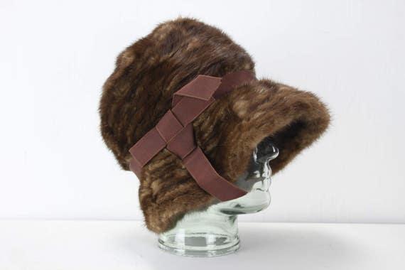 Vintage Women's Hat - R. H. Stearn's Co Boston - Glow Brown - Cloche - Mink Fur - 1930's - Women's Fashion