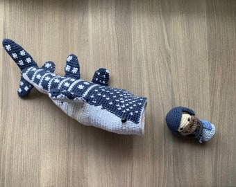 Jonah and the Fish - Bible Figures in Yarn