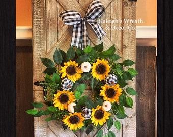 Fall Sunflower Wreath, Fall Door Wreath, Sunflower Wreath, Black and White Buffalo Check, Fall Wreath, Fall Porch Decor, Fall Decor, Boxwood