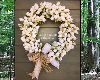 White tulip wreath, spring tulip wreath, farmhouse tulip wreath, shabby chic tulip wreath, wedding wreath, gift for her, mother day, tulips