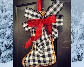 Christmas Wreath, Buffalo Plaid Christmas Wreath, Door Hanger, Christmas Decor, Rustic Christmas Wreath, Buffalo Check, Farmhouse door