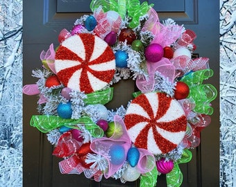 Christmas Wreath for Front Door, Ornament Wreaths, Christmas Candy Decorations, Candy Wreath, Holiday Home Decor, Pink and Blue Christmas