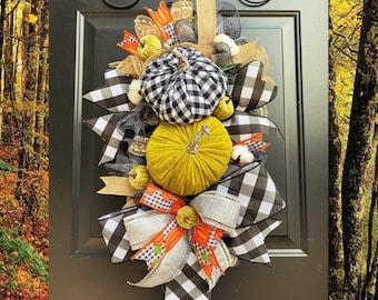 Burlap Fall Pumpkin Wreath, Fall Swag, Autumn Front Door Wreath, Thanksgiving Wreath, Halloween Door Wreath, Fall Home Decor, Cotton