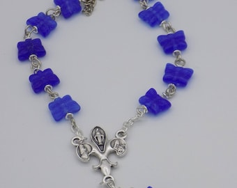 One Decade & Car Rosaries - Blue Butterfly Beads - Emerald Lampglass - Oriental Porcelain Beads
