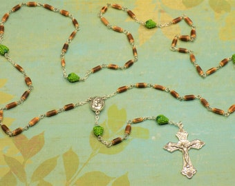 Grape and Vines Rosaries - Natural Vine Beads - Ceramic Grape Father Beads - Mary & Child Centers With Earth - Grape and Vines Crucifixes