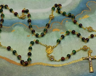 Picasso Christmas Rosaries - Picasso Green & Red Crystal Beads - Rhinestone Father Beads - Holy Family-Spirit Center -Two Tone Gold Crucifix