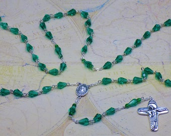 Mary's Tears Emerald Rosary - Czech Emerald Teardrop Crystal Beads - Italian Medjugorje Center with Earth-Italian Jesus and Mary Crucifix