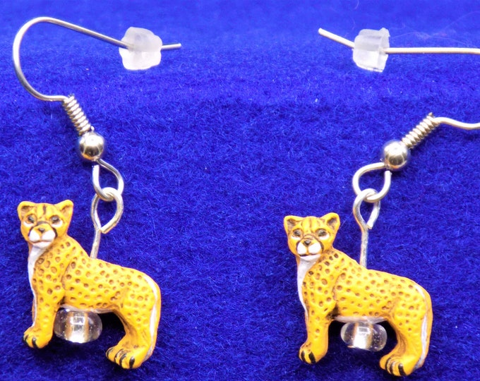 Cheetah Ceramic Earrings - Cougar Ceramic Earrings - Panther Ceramic Earrings - Lion Ceramic Earrings - Lion Resin Earrings - 3D Charms