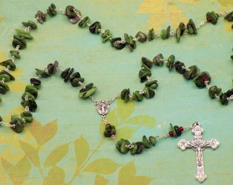 Ruby in Zoisite Rosary - Semi Precious Ruby in Zoisite 10-20mm Nugget Beads - Italian Medjugorje Center - Italian Eucharistic Crucifix