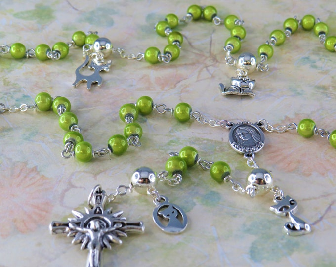 Cat Rosary - Green Miracle Fiberglass Beads - Pewter Father Beads - Silver Cat Charms -Italian Medjugorje Center - Italian Sunburst Crucifix