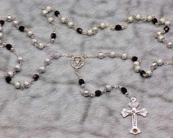 Silver Textured and Czech Black Glass Rosary - Silver Textured Glass Beads - Czech Black Glass Beads - Italian Center - Italian Crucifix