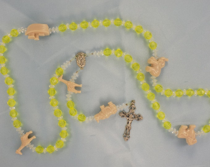 Noah's Ark Animal Theme Rosaries - Yellow and Clear - Color Changing Beads with - Gold - Purple - Blue Accent Beads - Sea Mist and Aqua