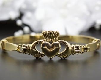 531a85f5396c1 Claddagh bracelet | Etsy