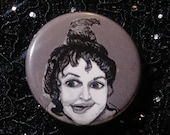 Mary Sanderson from Hocus Pocus pin - Bad Ass Ladies of Horror - Wearable Art - Unique Gift for ALL Horror Fans
