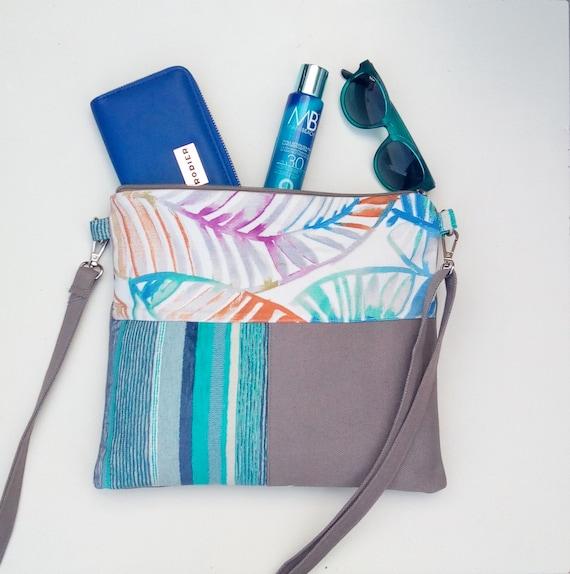 Woman Crossbody Bag Canvas Messenger Bag Zipped Cross Body