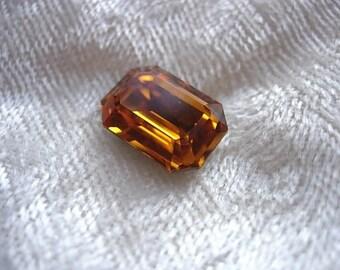 Cabochon rectangular Swarovski topaz crystal